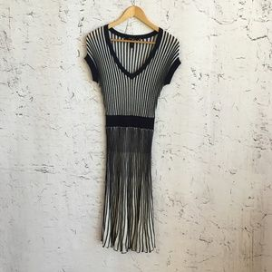 BCBG MAXAZRIA BLUE WHITE STRIPE DRESS S